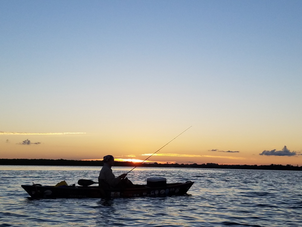 October kayak fishing forecast capmel for Fishing weather report